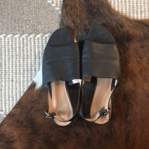 Madewell black leather slingback sandals